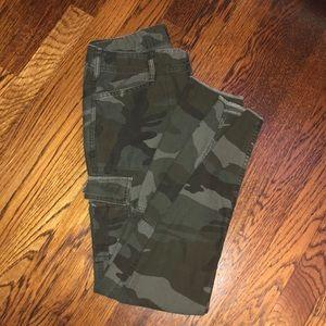 Abercrombie & Fitch Camo Cargo Pants
